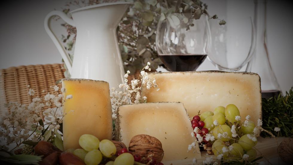 Los quesos Campo Llano son unos de los más premiados de la peninsula.